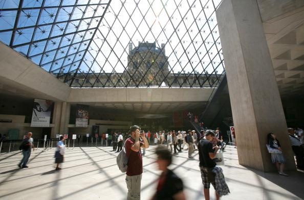 Musée du Louvre: les chantiers en cours pour améliorer son accessibilité et valoriser son patrimoine