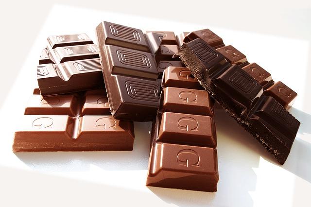 Le chocolat réduirait le risque de maladie cardiaque et d'AVC