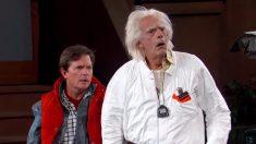 Le sketch de Michael J. Fox et Christopher Lloyd pour la date anniversaire de Retour vers le futur 2