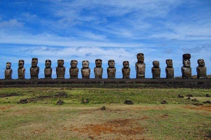 L'ancienne civilisation de l'île de Pâques n'a pas disparue suite à une guerre