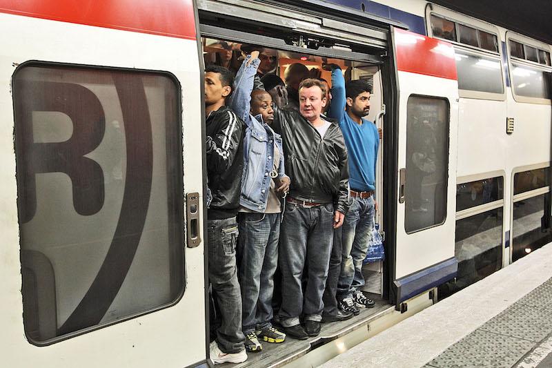 les transports en commun parisiens sont ils pr ts pour une ville sans voiture epoch times. Black Bedroom Furniture Sets. Home Design Ideas