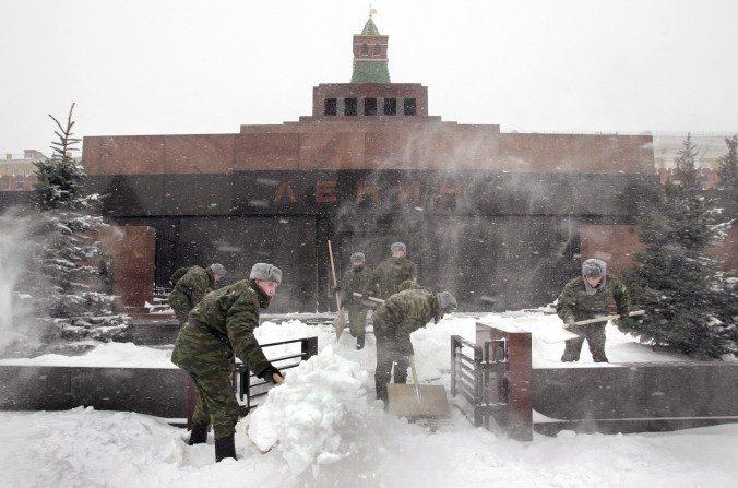 L'église russe demande d'enlever le corps de Lénine de la Place Rouge à Moscou