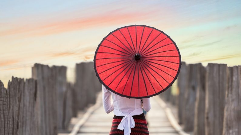 L'histoire et l'origine des parapluies de papier asiatiques