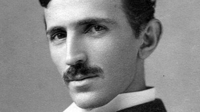 Tesla: les origines singulières de la robotique moderne