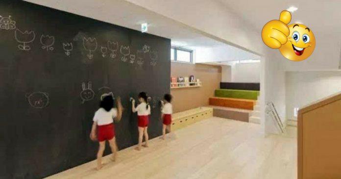 Cette maternelle japonaise redéfinit l'éducation des enfants par son architecture ouverte et épurée