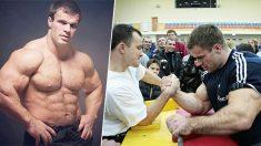Rencontre avec Hulk dans la vraie vie, 140 kg et le plus gros biceps de Russie