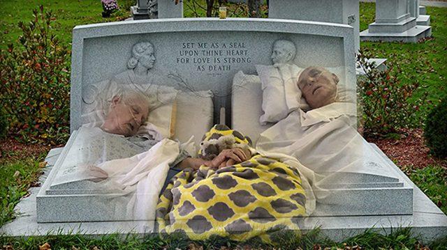 De vraies âmes sœurs – un couple âgé décède à 90 minutes d'intervalle, se tenant la main