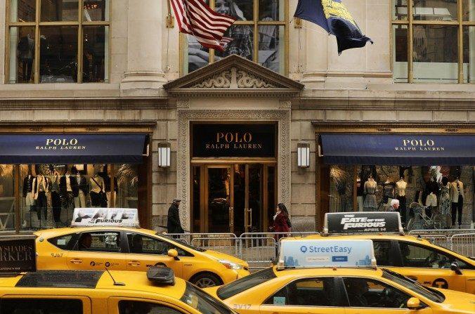 93f6d218fb53 L industrie de la mode de luxe tente de s adapter au monde des ...