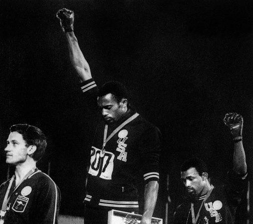 Australie: un monument demandé pour l'athlète qui avait soutenu le «Black Power»