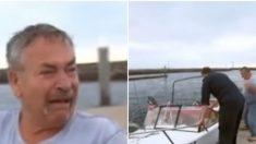 Cet homme croyait avoir perdu son chien en mer. Il n'en croit pas ses yeux quand la police lui ramène son bateau