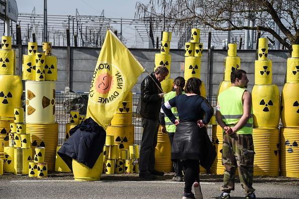 Une centrale nucléaire «prise d'assaut» par des militants de Greenpeace