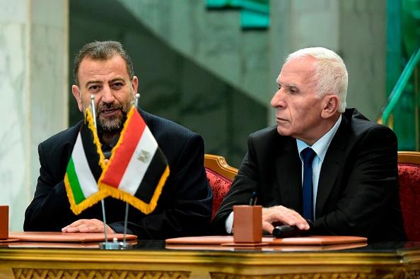 Le Hamas se rend au Fatah mais garde son bras armé