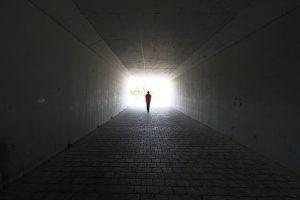 Des scientifiques de renom disent que nous ne mourons jamais - Page 2 686488852-300x200-300x200