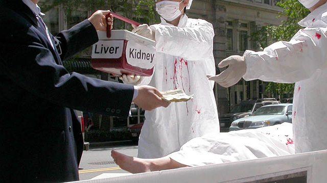 Comment les médecins en Chine sont devenus des meurtriers