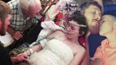 Une femme atteinte d'un cancer en phase terminale n'a que quelques jours à vivre – elle épouse l'amour de sa vie sur son lit d'hôpital