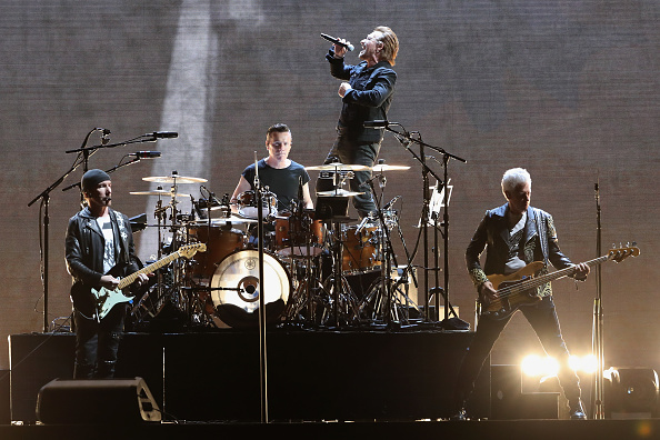 U2 revient au rock engagé et engageant avec «Songs of Experience»
