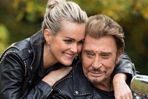 Mort de Johnny: d'Emmanuel Macron à Céline Dion, les émouvants hommages du web au chanteur