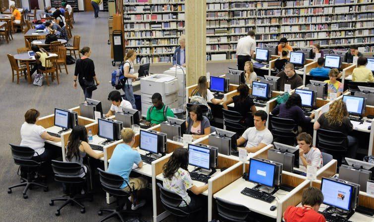 L'évolution du métier d'enseignant-chercheur liée au numérique: l'exemple des sciences de gestion