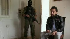 Vidéo- Un détenu jihadiste qui veut rentrer en France face à son geôlier