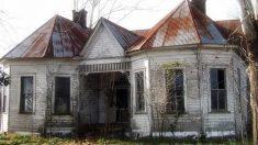 Les photographes pensaient que cette maison était abandonnée – mais ils y découvrirent des choses fascinantes