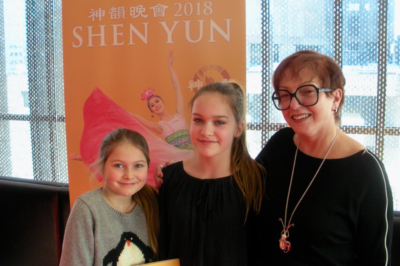 Une famille reconnaissante du riche héritage que transmet Shen Yun