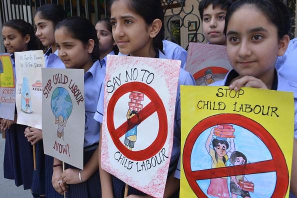 Exploitation des enfants: deux ONG portent plainte contre Samsung