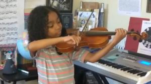 Âgé de neuf ans et atteint de drépanocytose, il a subi trois accidents vasculaires cérébraux, mais son état ne l'empêche pas de se consacrer à sa passion