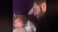 'Ça doit être un hasard' : un bébé de 3 mois surprend ses parents avec son premier mot
