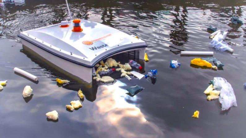 Ce drone flottant est capable d'avaler 350kg de déchets par jour à la surface des océans