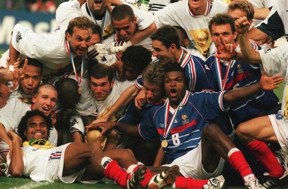 Un match de gala entre les stars du Mondial 98 et une sélection de la Fifa pour fêter les 20 ans de la victoire