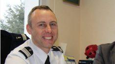 Qui est Arnaud Beltrame, ce gendarme qui s'est offert comme otage pour sauver des vies ?