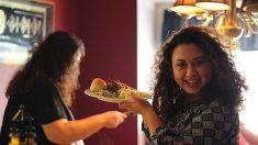 Les Français passent plus de temps à boire et à manger que les Américains