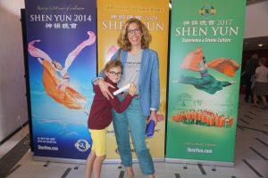Avec Shen Yun, «toujours entre la terre et le ciel»