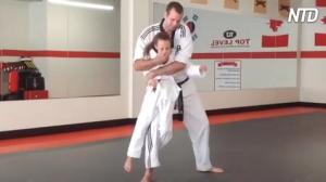 Ils enseignent aux enfants l'art de l'auto-défense – voici donc quelques techniques que votre enfant pourrait utiliser dans une situation dangereuse