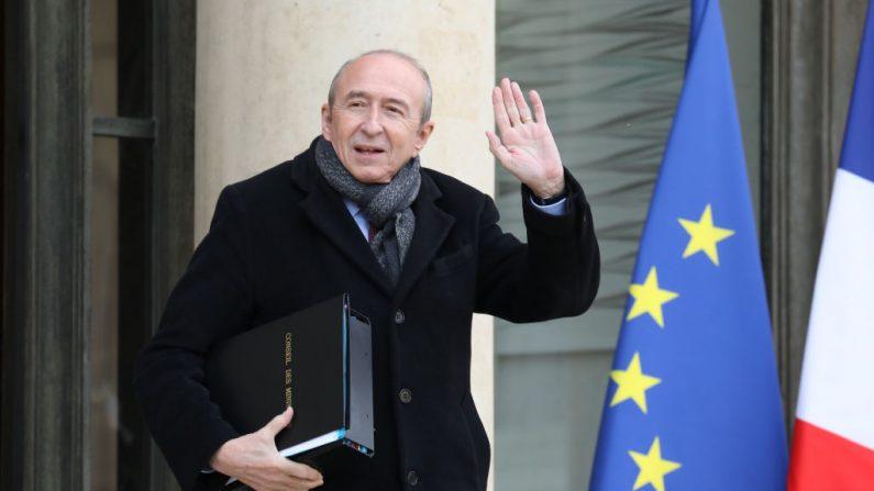 Attaque au couteau à Paris: l'assaillant était «quelqu'un d'assez seul» (ministre)