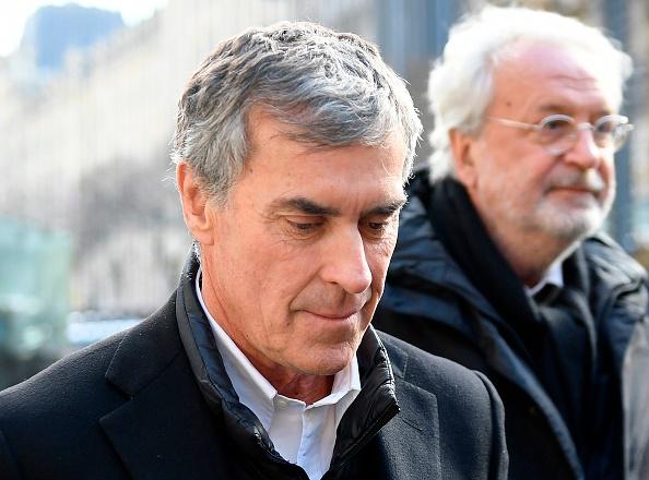 Cahuzac condamné à 2 ans ferme, devrait échapper à la prison