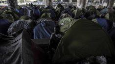 Migrants à Paris: Collomb annonce une évacuation des campements «à bref délai»