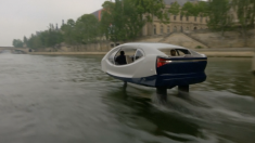 Avant la conférence Vivatech à Paris, un taxi volant sur la Seine