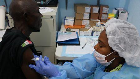 Contre le retour d'Ebola, la vaccination ne peut pas tout
