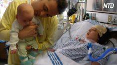 Une femme est paralysée après avoir donné naissance à son premier enfant - mais son bébé l'a inspirée à défier toutes les probabilités