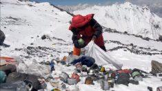 L'Everest devient-il une poubelle de haute altitude ?