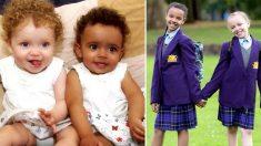 Ces parents disent la chance qu'ils ont eue d'avoir des jumelles qui n'ont pas la même couleur de peau - cela leur a donné le sourire