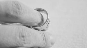 Après 40 ans de mariage, un couple va voir un avocat – la leçon qu'ils nous donnent m'a fait pleurer