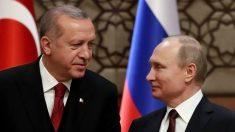 Poutine salue la