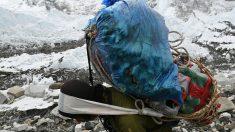 L'Everest, le toit de la Terre, est une vraie poubelle en haute altitude
