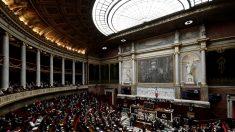 France: l'immigration à nouveau au Parlement, avec l'Aquarius en toile de fond