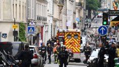 Prise d'otages à Paris par un homme aux