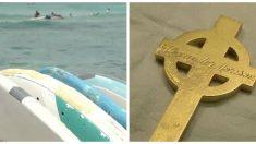 Un plongeur trouve un objet brillant dans l'eau, mais quand il voit ce qui y est inscrit, il sait qu'il doit trouver le propriétaire