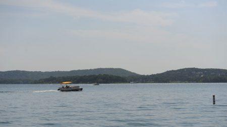 Etats-Unis: 17 morts, dont 9 d'une même famille, dans un naufrage sur un lac