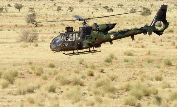 Crash d'hélicoptère en Côte d'Ivoire: le soldat français grièvement blessé évacué vers la France